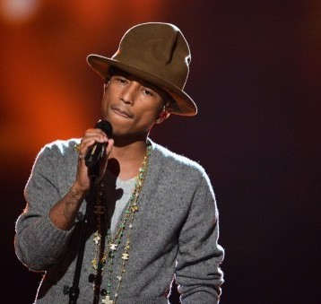 Pharrell Williams planea denunciar a Trump por usar su canción tras tiroteo
