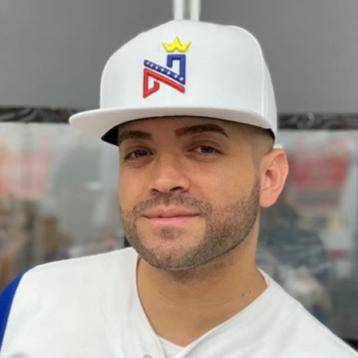 ¡Montado en el avión! Nacho anuncia su regreso a Venezuela con esta foto