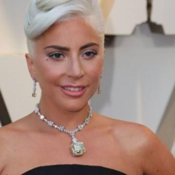 La historia del diamante que Lady Gaga lució en los Óscar